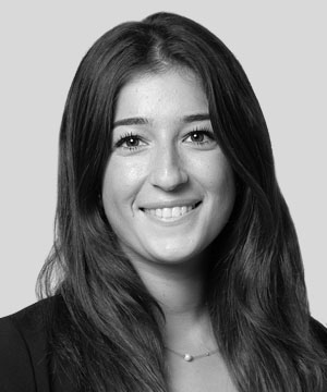 Nilly Tabatabai, Trainee solicitor - Real estate investors